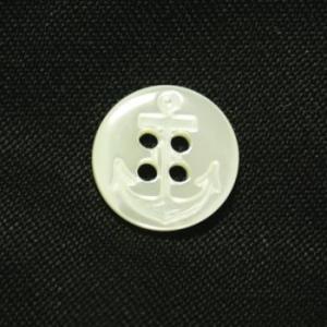 イカリ柄高瀬貝ボタン 13mm|ttp