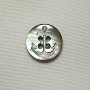イカリ柄黒蝶貝ボタン 11.5mm|ttp
