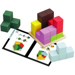 カラフルな7ピースのブロックを組み合わせて木製プレートの上に立方体を組み立てて遊びます。   テキス...