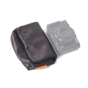SONY DSC-RX100M6 / FUJIFILM XF10など収納可能 ORMY レザー製 デ...