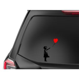 カインドストア 自動車 ステッカー カー リア ウィンドウ デカール 赤い風船に手を伸ばす少女 バン...