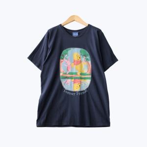 くまのプーさんのプリント半袖Tシャツです。 プーさんとピグレットにほっこりしますね。 ボーイズサイズ...