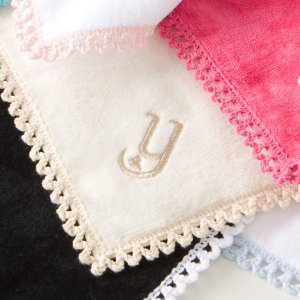 タオルハンカチ イニシャル刺繍 モノグラムハート アイボリー 名入れ ウチノタオル 内野タオル