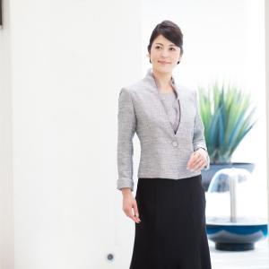 【品 番】SP-014  【カラー】 グレー  【商品内容】 ジャケット / スカート (撮影用の靴...