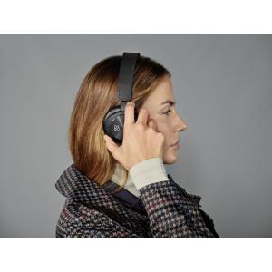 【正規取扱店】2年保証【B&O PLAY】BeoPlay H8i / Black / Bluetooth4.2対応 ANC対応 オンイヤーワイヤレスヘッドフォン / Bang&Olufsen Umeda|umd-tsutayabooks