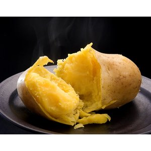 北海道 十勝産 インカのめざめ 越冬熟成 じゃがいも 芋 SSサイズ 約1kg 常温|umeebeccyasannriku