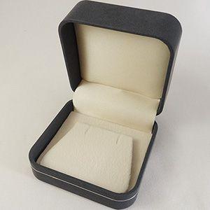 【即納】手触りバツグンの本格高級仕様のピアスケース(ダークブルー)|united-jewellery