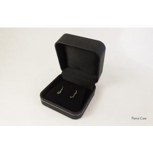【即納】手触りバツグンの本格高級仕様のピアスケース(ブラック) united-jewellery 02