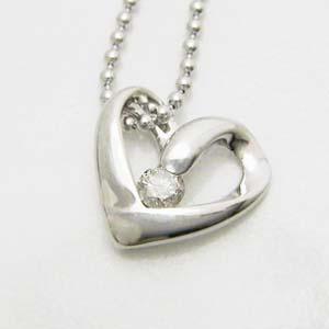 0.05ctの天然ダイヤモンドオープンハートペンダント メール便可|united-jewellery