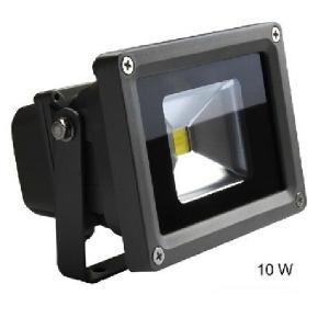 LED投光器10w 電球色 作業灯 ワークライト 照明 屋外防水防雨型。 10W省電力で、従来の10...