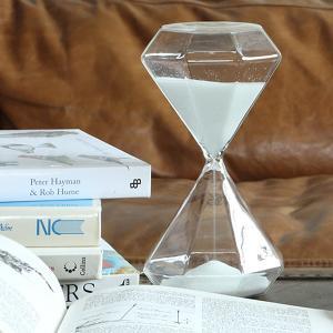 砂時計 30分 おしゃれ 白い砂 ホワイト ダイヤモンド型 ガラス製 クリアー usagi-shop