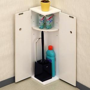 トイレ内の清掃用品、備品などの収納に便利なトイレ収納です。  棚板は3段階に移動できるので、収納する...