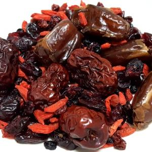 うさぎの薬膳 赤い実 漢方MIX 100g|usagiya