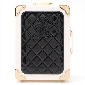 シャネル マトラッセ プラスチック チェーンショルダーバッグ トランク型 ブラックxホワイト ゴールド金具|usus