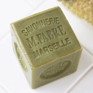 マルセイユ石鹸 サボン ド マルセイユ石けん オリーブは、無着色・無香料・無防腐剤100%天然植物性...