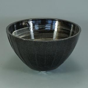 陶器製手洗い鉢 京黒刷毛面取10号手洗鉢(信楽焼)|utuwayaissin