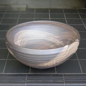 陶器製手洗い鉢 いぶしハケ目11号手洗鉢(信楽焼)|utuwayaissin