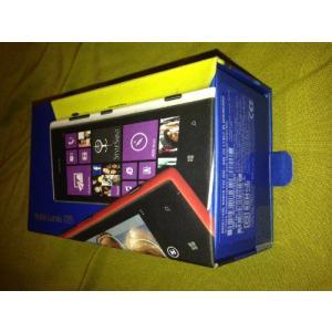 ノキアジャパン Nokia Lumia 720 SIMフリー 海外携帯 (Black ブラック)