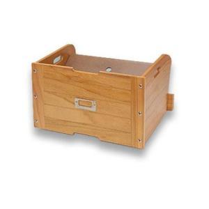 棚板を斜めにセットすると靴を上下に収納できます。 製造国:中国 素材・材質:本体:天然木桐材(ラッカ...