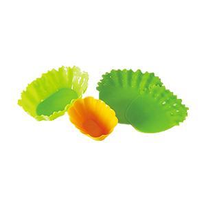 野菜にそっくりな色と形のシリコンカップとシートのセットです。カップは大きなおかずもしっかり入るワイド...