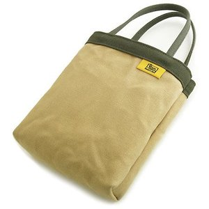 ちょっと お出かけ 仕切り 付き バッグインバッグ 本体カラー: ベージュ 本体 手提げ ・開口部カラー: グリーン < 帆布 トートバッグ >|vannuyswebshop
