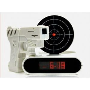 シューティング目覚まし時計 ピストル型 ガンアラームクロック 《ホワイト》 ゲーム 録音機能 デジタル 置時計 置き時計 __|vaps