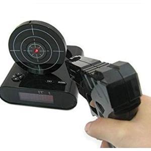 シューティング目覚まし時計 ピストル型 ガンアラームクロック 《ブラック》 ゲーム 録音機能 デジタル 置時計 置き時計 __|vaps