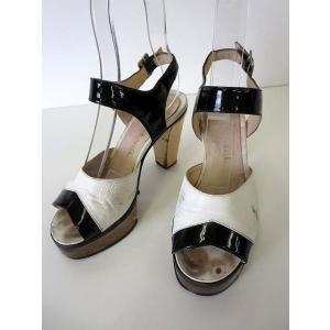 シャネル CHANEL サンダル エナメル レザー ロゴ 刻印 アンクルベルト 35 白 黒 ブラック くつ 靴 シューズ レディース 【中古】【ベクトル 古着】|vectorpremium