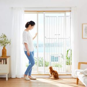 〜ベランダや玄関からの愛猫の脱走防止に!〜  ≪「のぼれんニャンPLUSドア」が、さらに使いやすくリ...