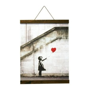 Banksy ポスター & ポスターハンガー セット Red Balloon(Brown Hanger style) バンクシー 美工社 IBA-61995 Logom ラゴム|velkommen