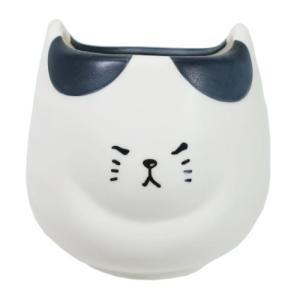 ふてぶてしい猫の湯呑 湯のみ  ぶちねこ サンアート ギフト雑貨 おもしろ velkommen