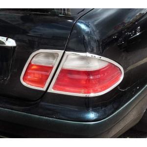 クローム テールライトリム 97-02y BENZ/ベンツ CLKクラス W208|verger-autoparts