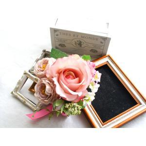 ピンクのバラのコサージュ vertpalette-store