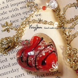 天然石パワーストーン 真紅のハート&ゴールドクロス ハンドメイドネックレスvj|veryjam