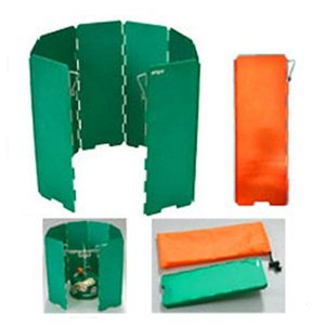 EPIgasカラーのグリーンに塗装された、軽量かつ、シンプルな風防です。直結型のコンロにむいています...