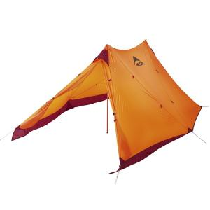 多用途に使えるタープ型のシェルターが、より軽量になりました。ウルトラライトハイキングでの使用はもちろ...