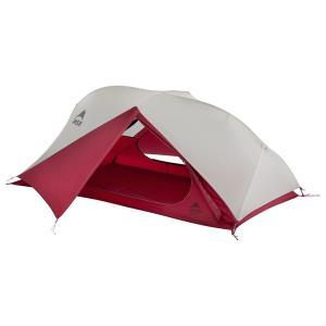 自立式のダブルウォールとしては最軽量クラスのテントです。ハブとスイベルで連結した一体型のポールにより...
