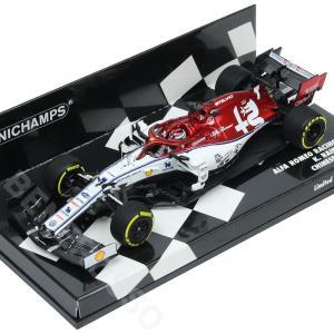 MINICHAMPS 1/43スケール アルファロメオ レーシング C38 K.ライコネン 2019年 中国GP 447190307 victorylap