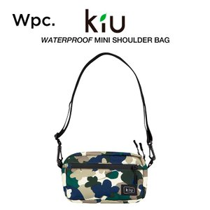 KiU/ワールドパーティーの止水ファスナーを使用した防水軽量ショルダーバッグです。ファスナー付メッシ...