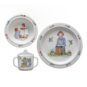 幼児用食器 3点セット Putte ブルーベリー森でのプッテの冒険 エルサベスコフ プレート 出産祝い ギフト|villervalla
