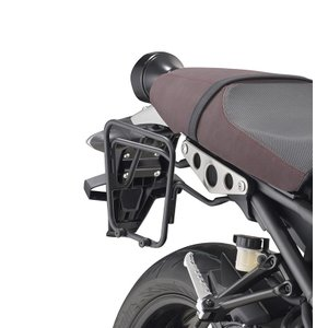 [バイク]【パニアステー】 ヤマハ XSR900 GIVI社製 パニアステー|vio0009