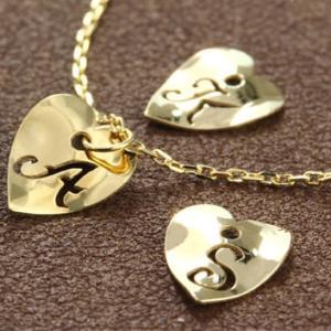 送料無料 K18イエローゴールド イニシャルハートブレスレット 18cmレディース|virgindiamond