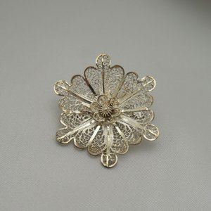 ポルトガル製 銀線細工ブローチ シルバーの一重花|vivace-yokohama