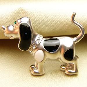 ブローチ 七宝アクセサリー ビーグル犬マットロジュウム・シルバーブローチ  白黒|vivace-yokohama
