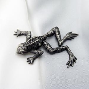 イギリス製 ピューター ピンブローチ カエル|vivace-yokohama