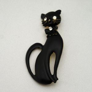 スリムな黒猫のブローチ vivace-yokohama