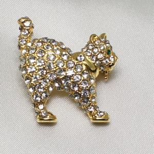 ブローチ クリスタルで飾ったネコのブローチ|vivace-yokohama