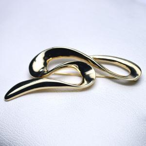 ブローチ カナダ製  K22ゴールドメタリック 曲線 |vivace-yokohama