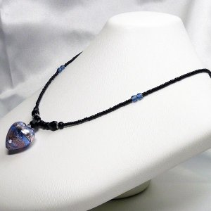 イタリア製モレッティ社 ベネチアングラス ハートのペンダントネックレスと下がりイヤリングのセット ブルー&バイオレット |vivace-yokohama