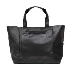 高級感のあるラグジュアリーな素材を使い、大学生や社会人に提案するスポーティなトートバッグ。   対象...